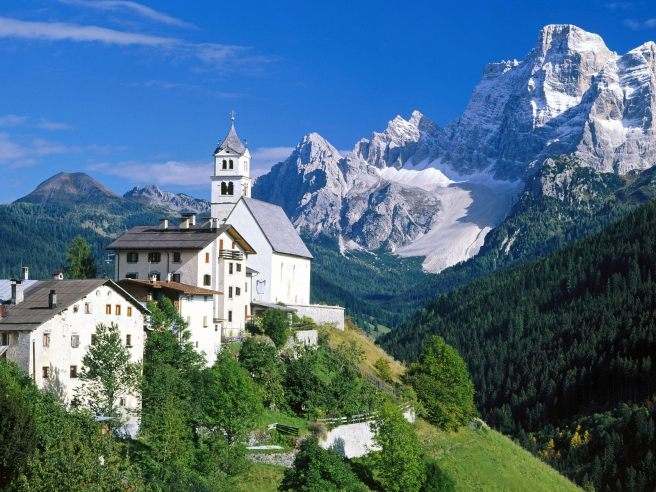The-Dolomites-Alps-Italy