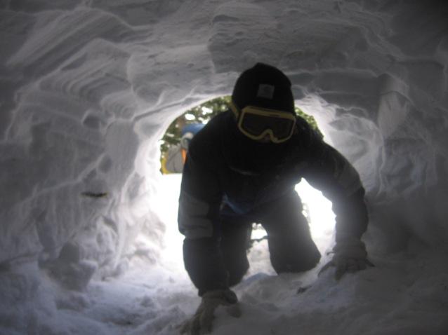snow-cave-2