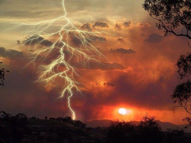 orange-lightning