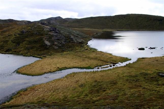 Landscape_during_Arctic_Circle_Trail_(13) (1044 x 695)