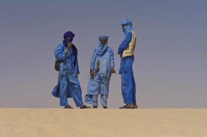 Touaregs_at_the_Festival_au_Desert_near_Timbuktu,_Mali_2012 (1303 x 867)