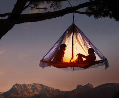 Cliff-Cabana-Suspended-Tent