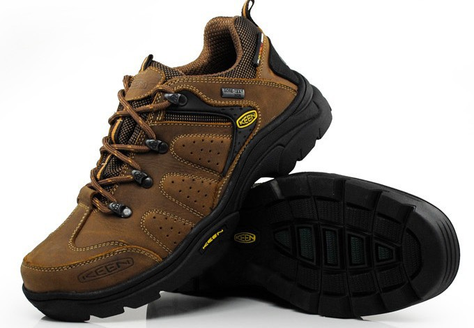 -Classics-Waterproof-Hiking-Shoes-Khaki-Men-s-55_04_LRG